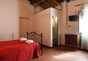 0 bedroom House for rent in Lucignano