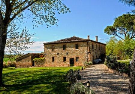 House in Monteroni d'Arbia, Italy