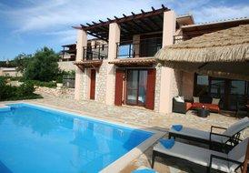 Apartment villa EVA 1st floor 4 persons, 2 bedrooms,kitchen,pool
