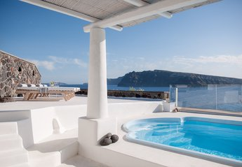 3 bedroom Villa for rent in Oia