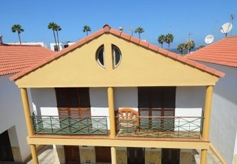 2 bedroom Bungalow for rent in Playa de Las Americas
