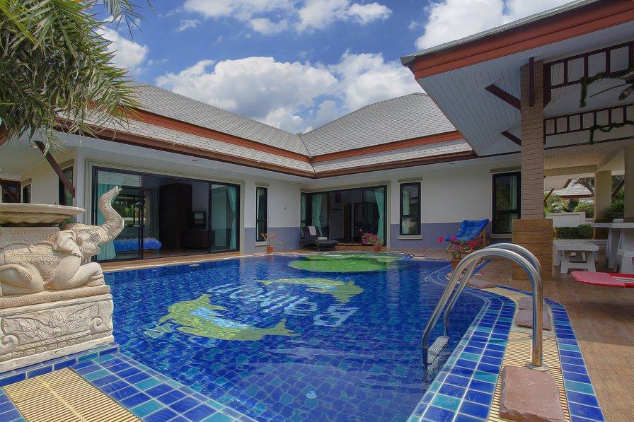 Villa in Thailand, Bang Sare