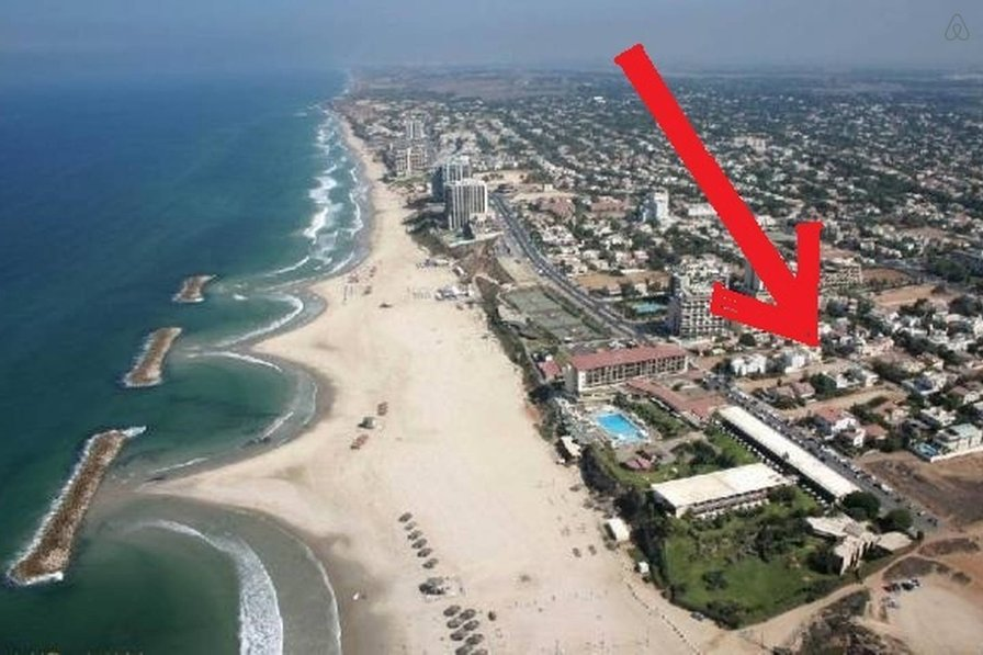 3 BEDROOMS BEACH SIDE VILLA