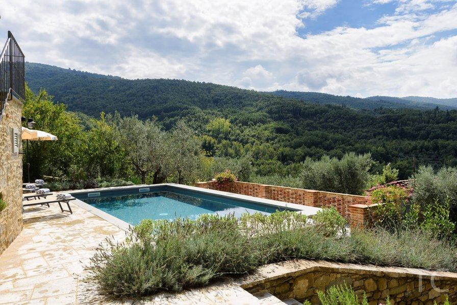 Villa in Italy, Santo Stefano