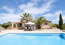 MU019 Finca for a memorable holiday on Mallorca / Arta + Wi-Fi
