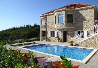 3 bedroom Apartment for rent in Cilipi