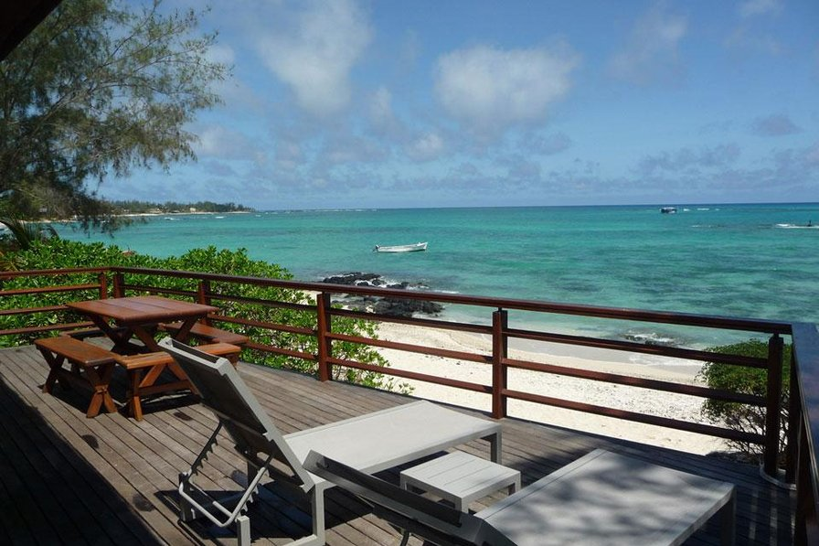 Bella Heaven beachfront villa-Pointe Aux Cannoniers