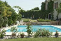 House in France, St.Capraise d'Eymet: Rear garden and pool