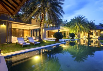 Villa in Thailand, Chaweng: Swimming pool at Villa 3 of Sangsuri private resort, North Chaweng, Ko..
