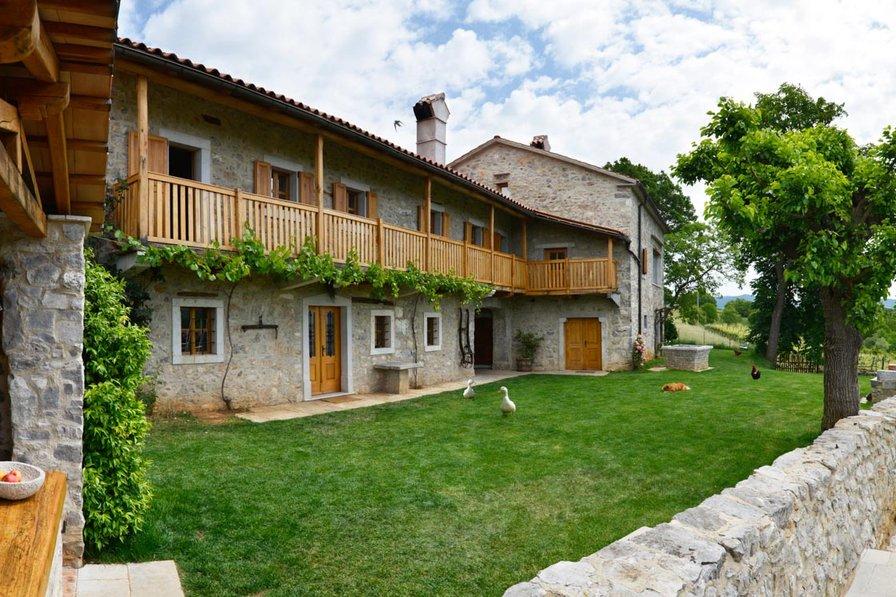 Villa in Slovenia, Karst
