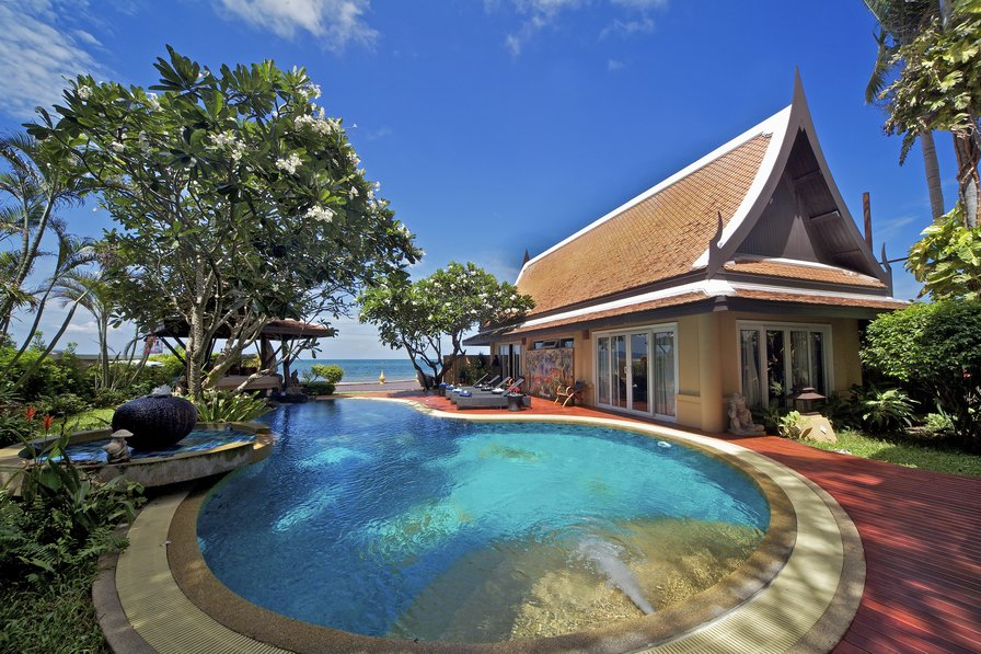 Luxury Pool Villa Golden Sunset