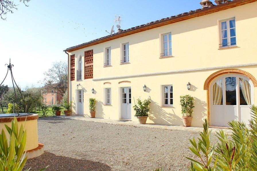 Country house in Italy, Altopascio