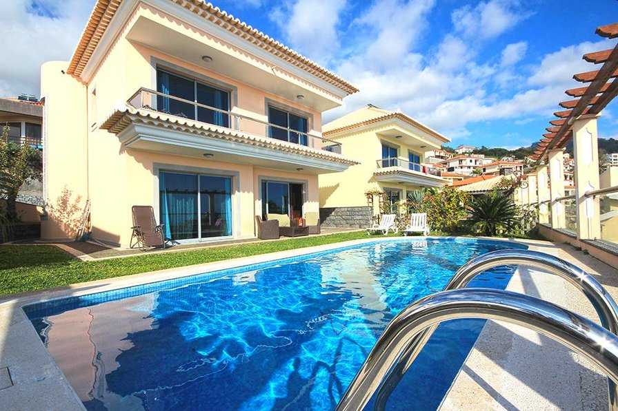 Villa in Portugal, Funchal