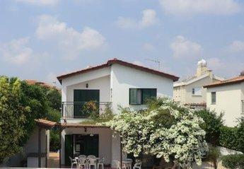 Villa in Cyprus, Kapparis: Rear side view