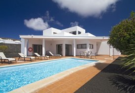 3 Bedroom Villa Playa Blanca