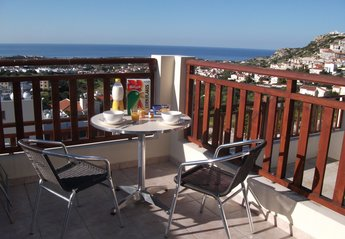 Studio Apartment in Cyprus, Pegia: Breakfast/lunch on the Terrace