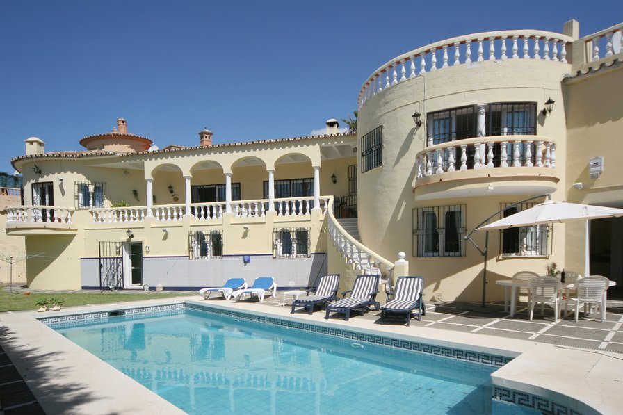 Villa to rent in las farolas spain with private pool 184779 for Villas with pools