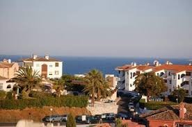 Great value 2 bedroom apartment Mijas Costa with sea views