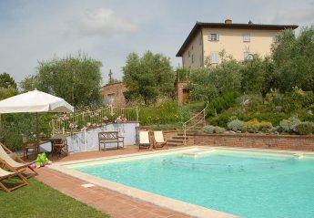 Apartment in Italy, Lari