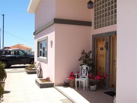 Villa in Portugal, Achada de Santo Antão