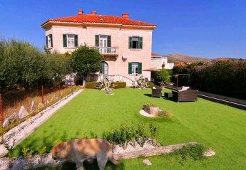 2 bedroom Villa for rent in Trogir