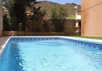 3 bedroom Villa for rent in Arona