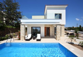 3 bedroom Villa for rent in Chlorakas
