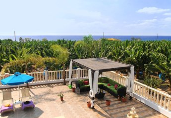 5 bedroom Villa for rent in Sea Caves