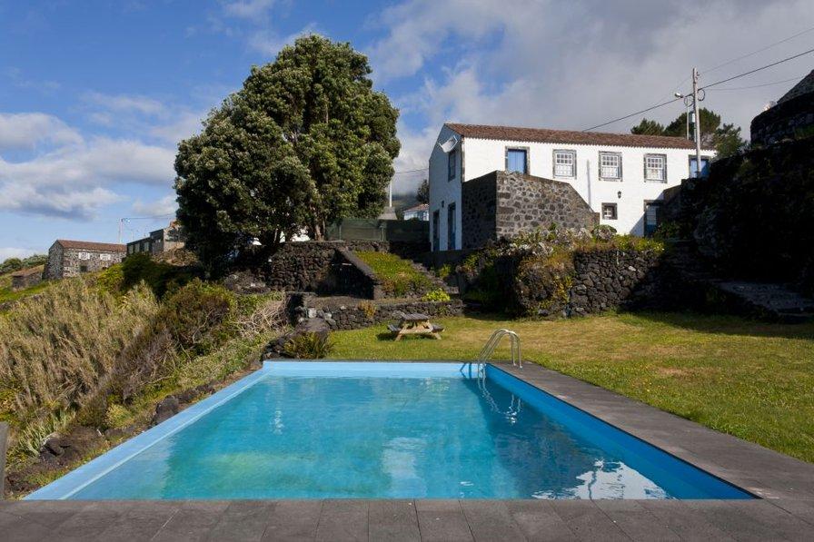 161 Holiday home on a dream spot Pico Island