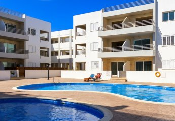 2 bedroom Apartment for rent in Paralimni