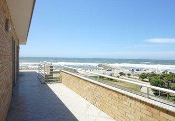 Apartment in Portugal, Praia