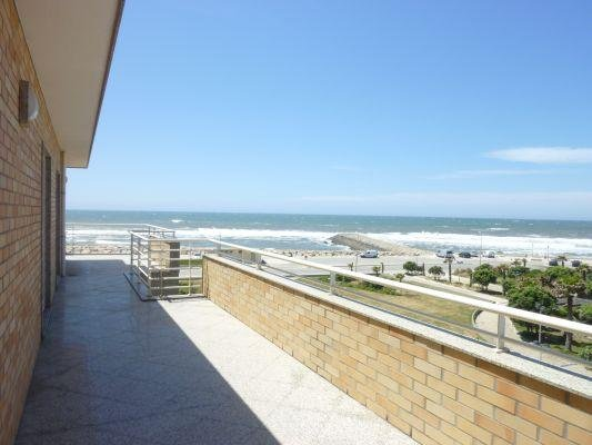 273 Beach front apartment with hugh Terrace 50 sqm + Wi-Fi