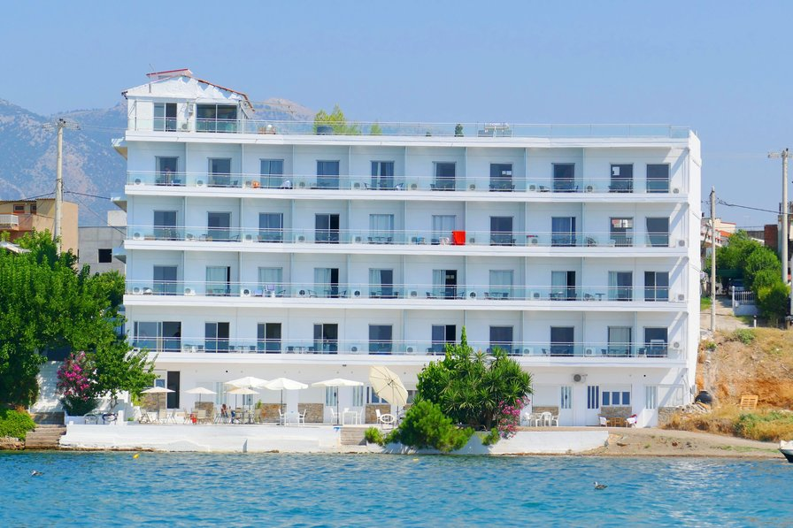 Lodge in Greece, Evia