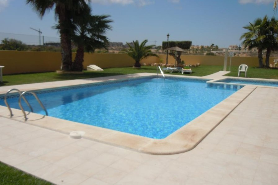 Costa Blanca South - 2 X 2 Bed Sleeps 8 + 2 Pools - Cabo Roig