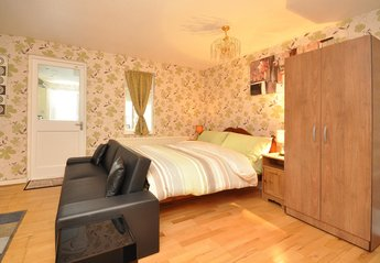House in United Kingdom, West Norwood: The large bedroom