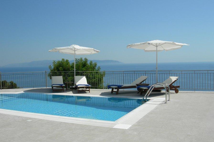 Villa in Greece, Lourdas