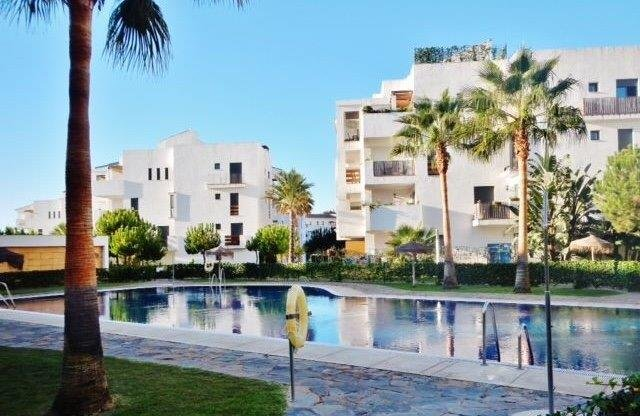 Superb Apartment With Sea Views- Pool- No Car Needed