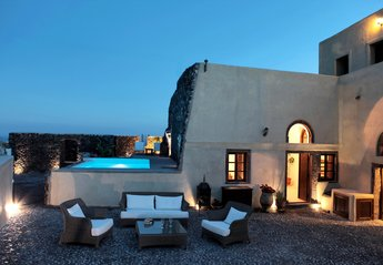 Villa in Greece, Megalochori