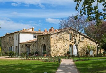 12 bedroom Lodge for rent in Montalcino