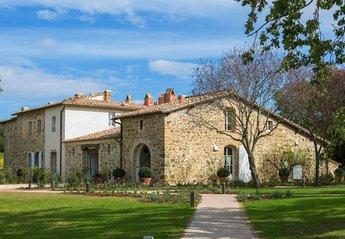 12 bedroom Lodge for rent in Montalcino