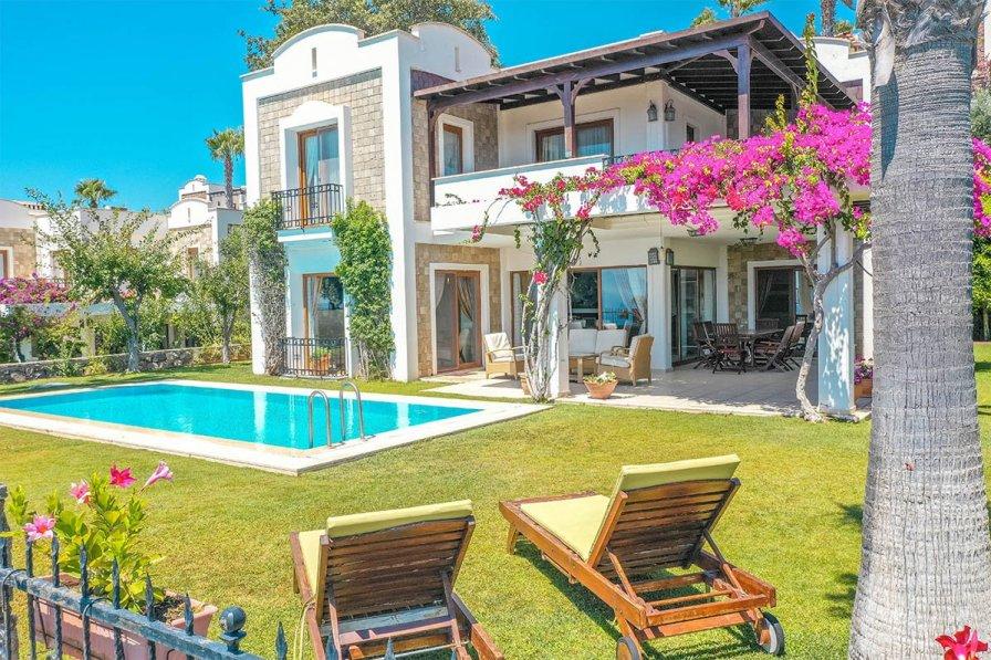 Villa in Turkey, Gumusluk: default