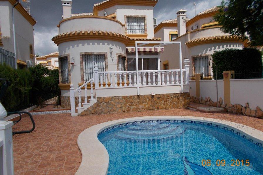 Villa in Spain, El Raso