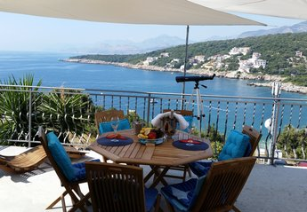 House in Montenegro, Utjeha: Terrace with the best sea view