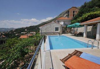 Villa in Croatia, Mlini