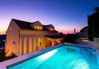 Villa in Croatia, Montovjerna
