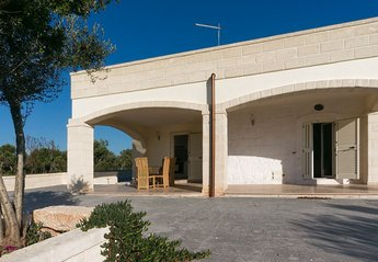 2 bedroom Villa for rent in Ostuni