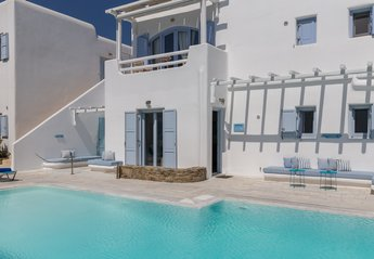 2 bedroom Villa for rent in Ornos