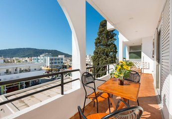 2 bedroom Apartment for rent in Ialyssos