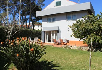 4 bedroom Villa for rent in Pampilheira