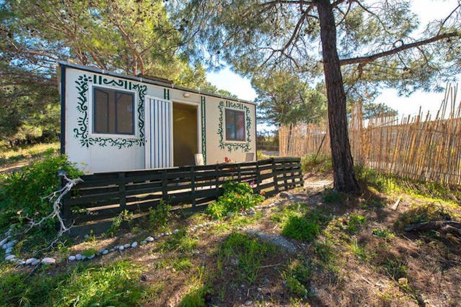 Cabin in Greece, Theologos
